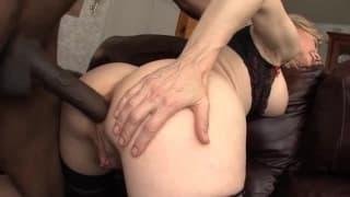 Nina Hartley quiere ser la reina del porno