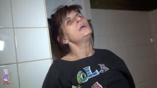 Vlasta es una mujer madura que quiere tocarse