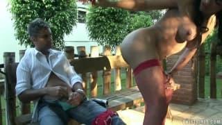 Jo Garcia demuestra que sabe mamar sabroso