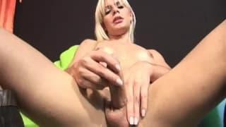 Mucho placer sexual para Thays Schiavinato