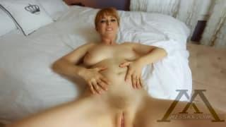 Penny Pax en un POV muy sensual y caliente